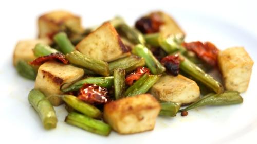 _1-Tofu con pomodorini secchi e fagiolini NEW